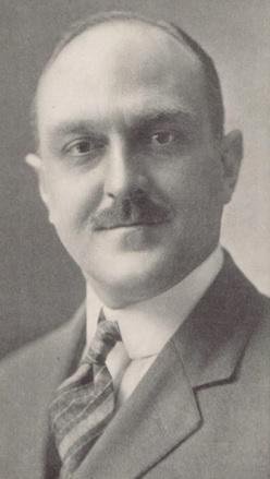Ralph E Thompson